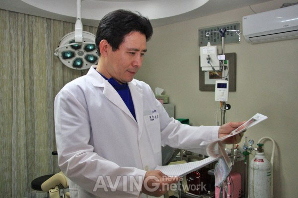 Onsite interview Dr.Yoon Ho-Joo of Best-Skilled OBGYN clinic
